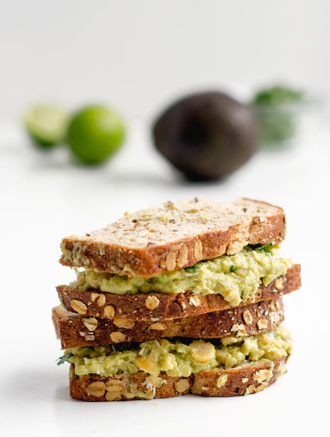 Avocado Chickpea Sandwich With Cilantro And Lime | Rezept | Belegte Brote, Belegen Und Kichererbsen - Belegtes Brot, Transparent background PNG HD thumbnail
