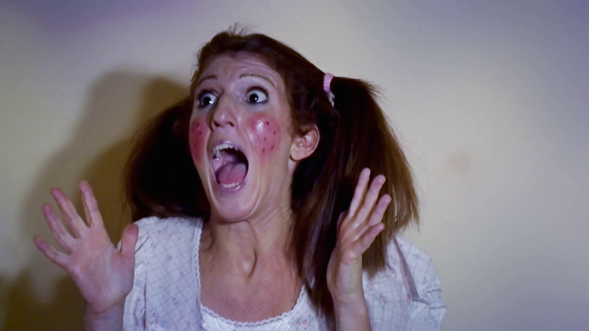 Scared Woman Running Screaming PNG